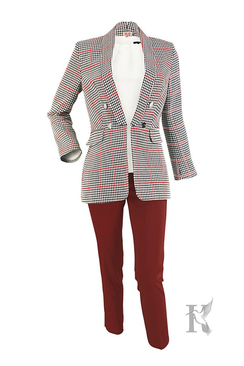 Packshot na niewidzialnym manekinie – zestaw odzieżowy damski spodnie, żakiet i bluzka