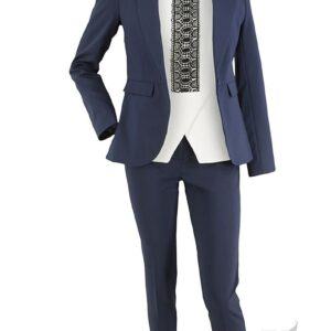 Packshot na niewidzialnym manekinie - kostium damski